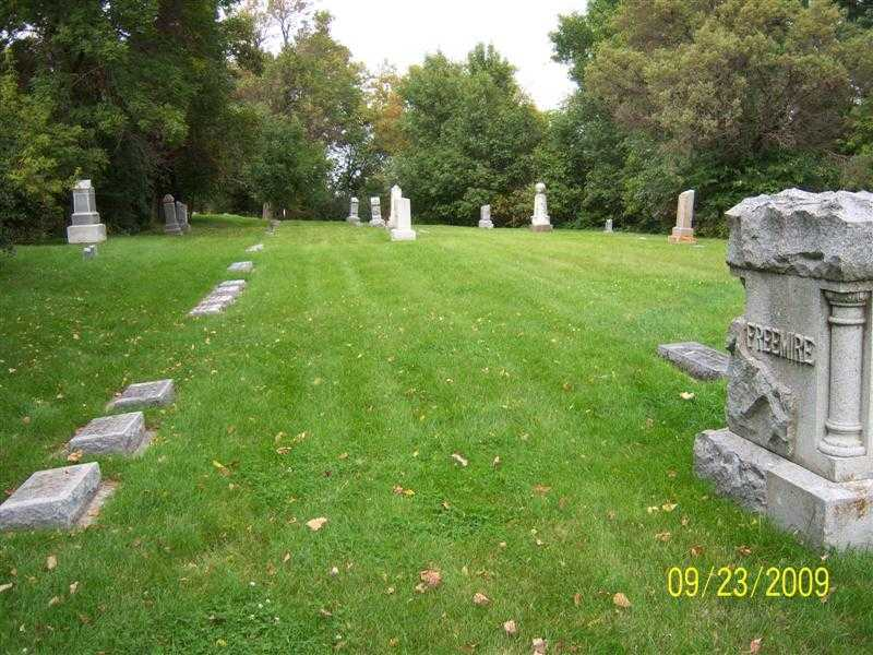 freemire_sideview_headstone.jpg