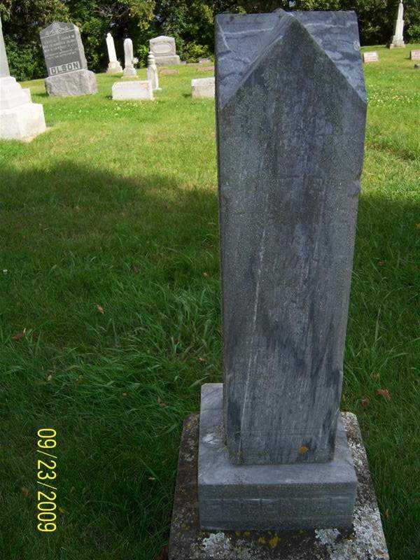 freemire_unreadible_headstone.jpg