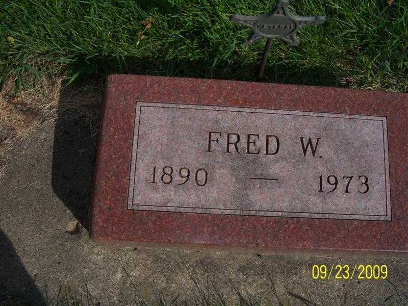 freer_fred_headstone.jpg