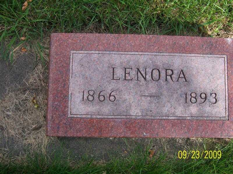 freer_lenora_headstone.jpg