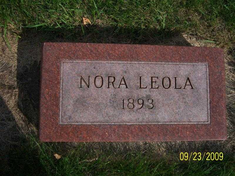 freer_nora_headstone.jpg