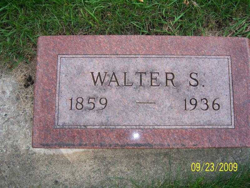 freer_walter_headstone.jpg