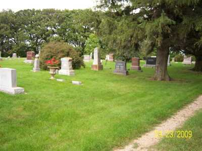 heron_lake_cemetery_north_end_along_duck_lake.jpg